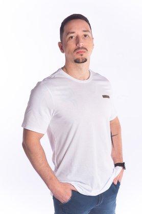 Camiseta Masculina Básica de Malha
